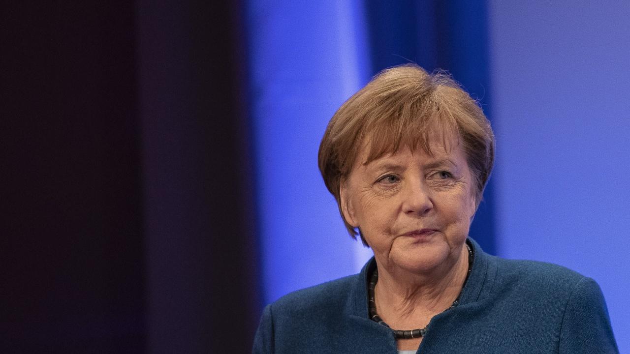 Законът на Меркел за коронавируса - Удари ли дъно федерализмът в Германия?