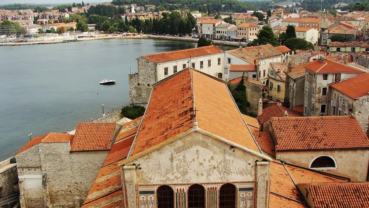 Хърватия привлича туристи с ваксиниран персонал