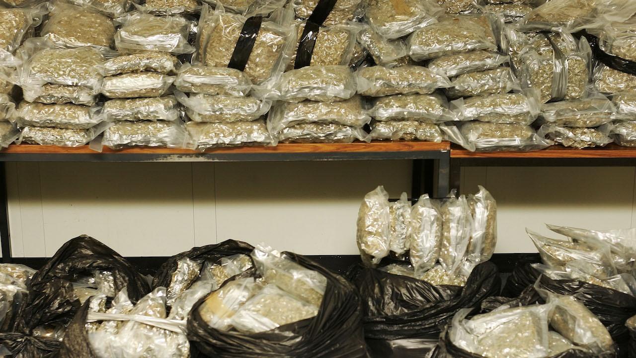 Над 4 тона канабис заловиха гръцките власти в пратка на машини за кексчета