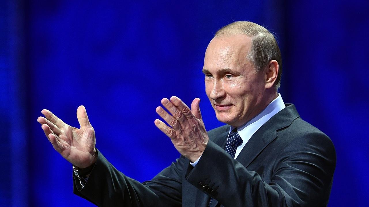 Путин обяви допълнителни почивни дни през май, за да допринесе за борбата с COVID