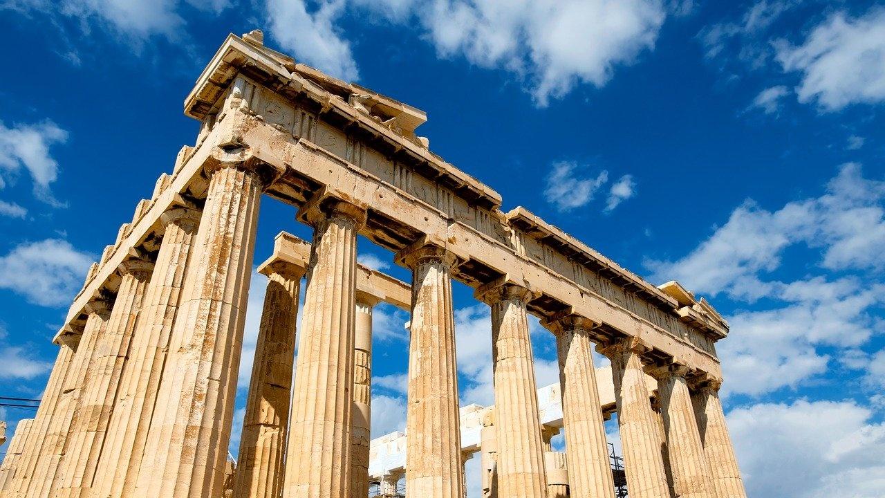 Моловете в Гърция отварят врати