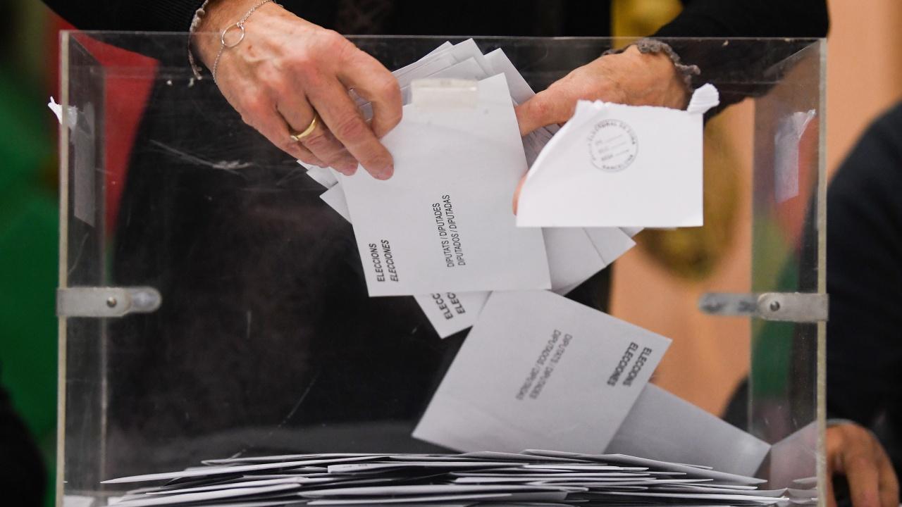 В Албания днес се провеждат парламентарни избори