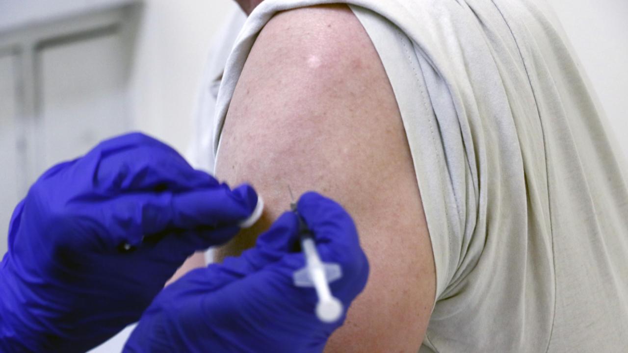 Привличаме туристи от чужбина с ваксиниран персонал по Черноморието