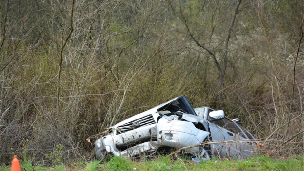 Млада жена е починала при катастрофа по пътя Бургас - Приморско
