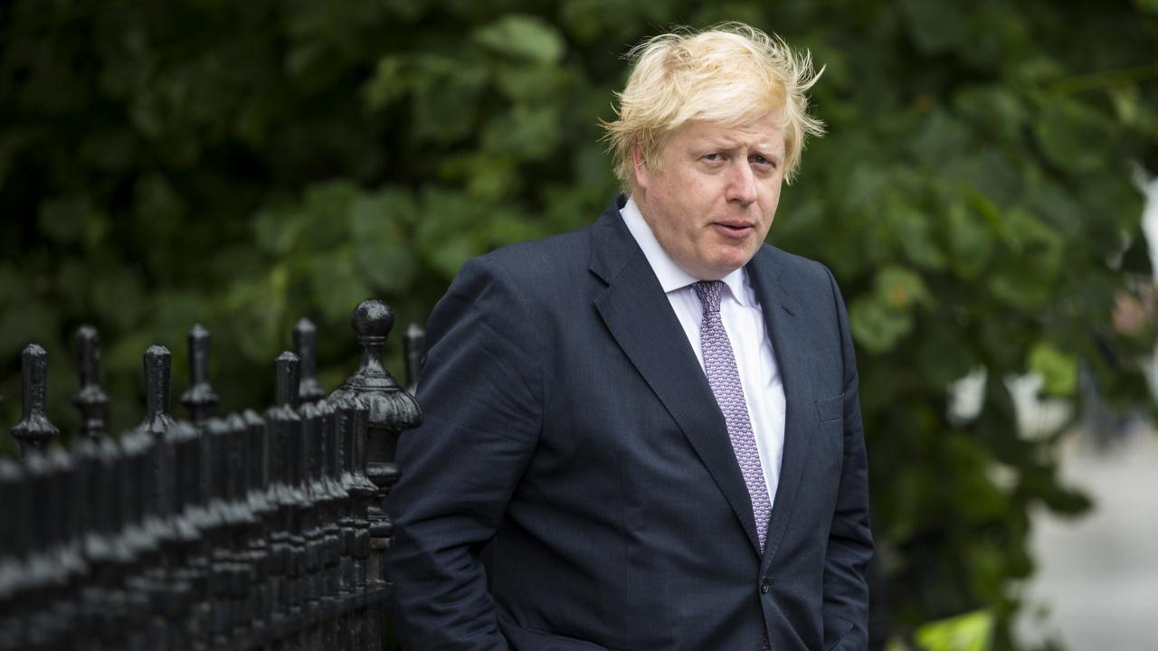 Скандал с ремонт на апартамента на премиера Джонсън разтресе Великобритания