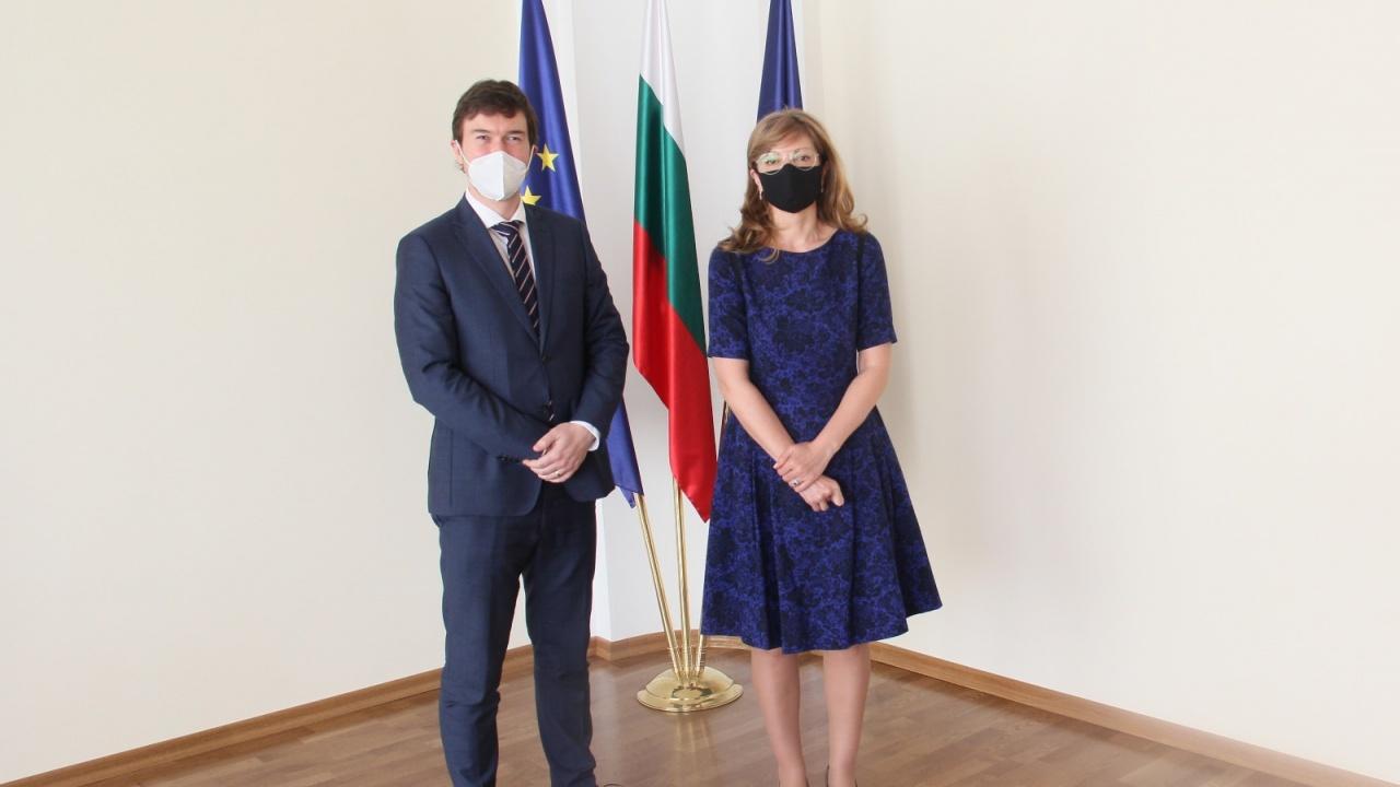 България потвърди пълната си подкрепа за Чехия по повод незаконните руски действия