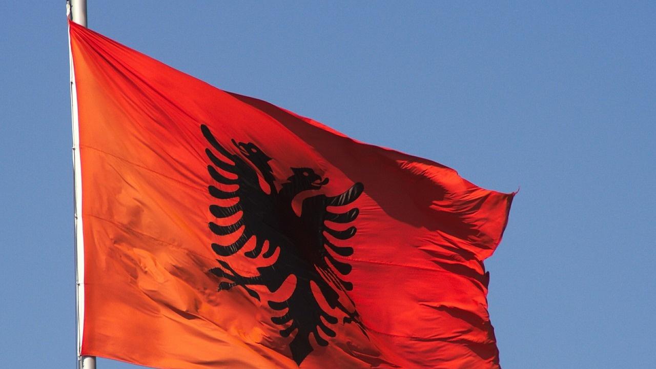Управляващите социалисти в Албания печелят парламентарните избори