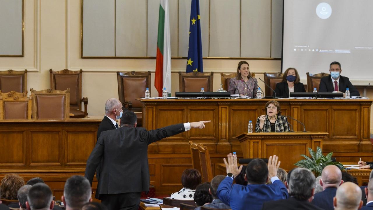 Бюджетната комисия в НС обсъжда Плана за възстановяване