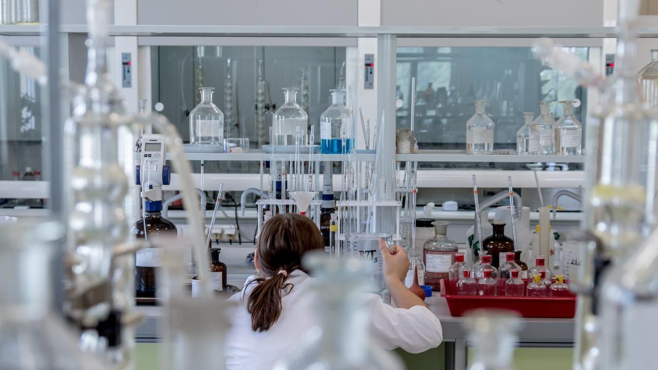 Три медала спечелиха български ученици от Менделеевската олимпиада по химия