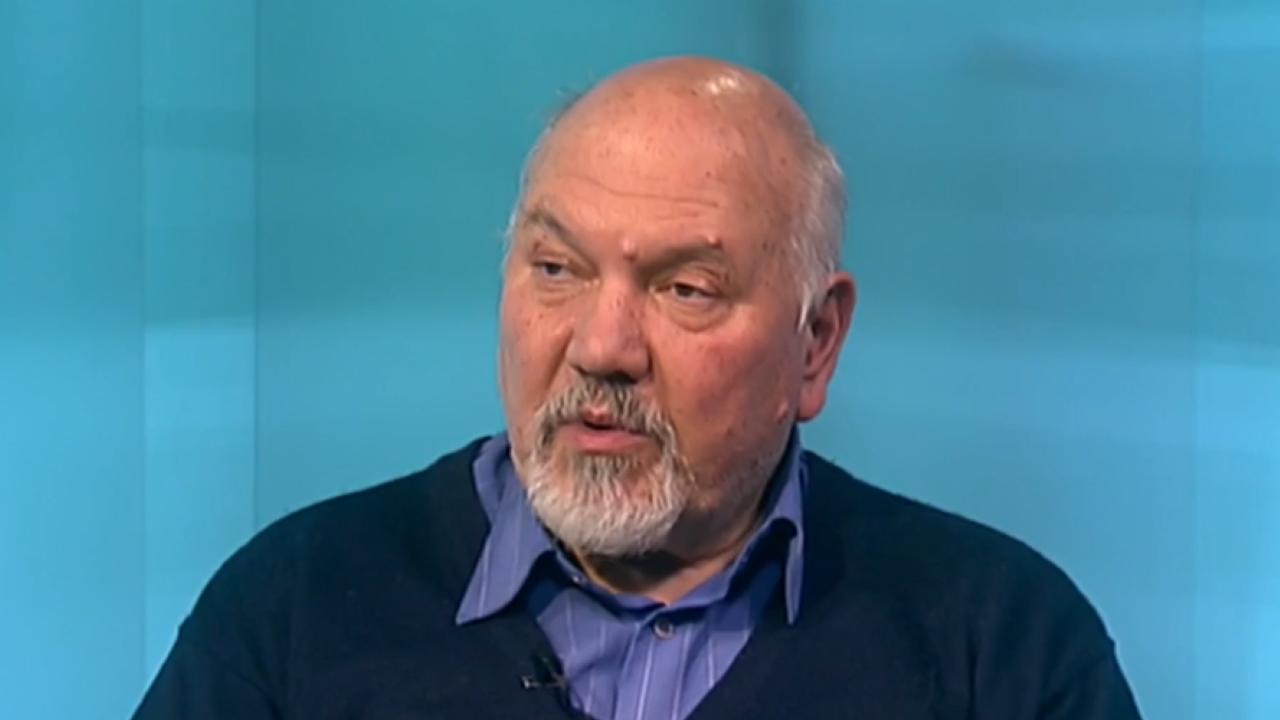 Проф. Маринов: Връщането на мандата е нестандартен и рискован ход на Трифонов