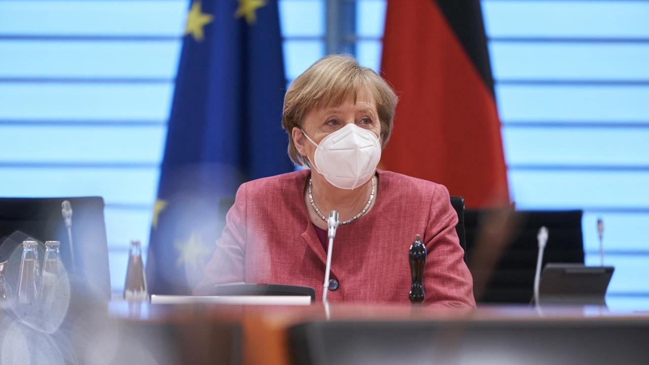 Ангела Меркел бе удостоена с Европейската награда за гражданските права на синти и роми