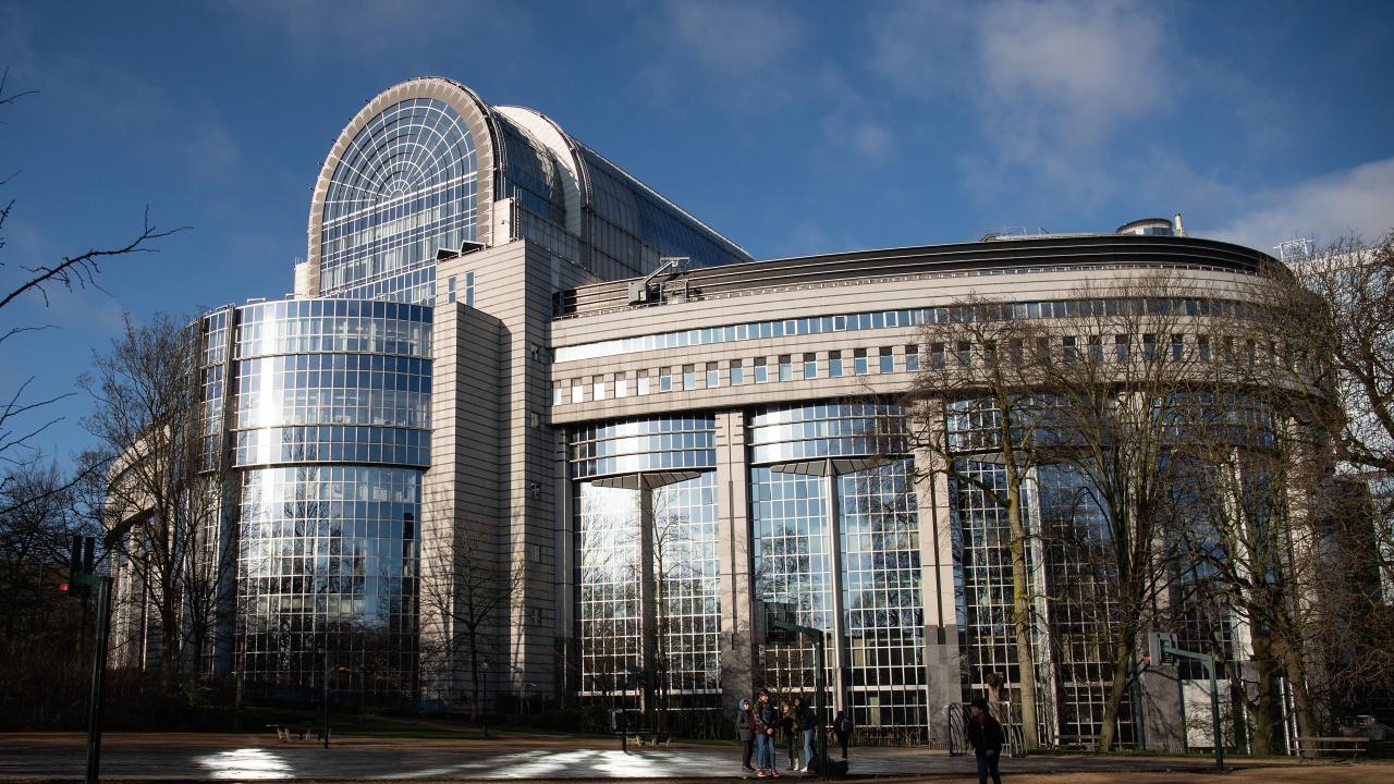 ЕC прие закон за бързо премахване  на съдържание в интернет, свързано с тероризъм