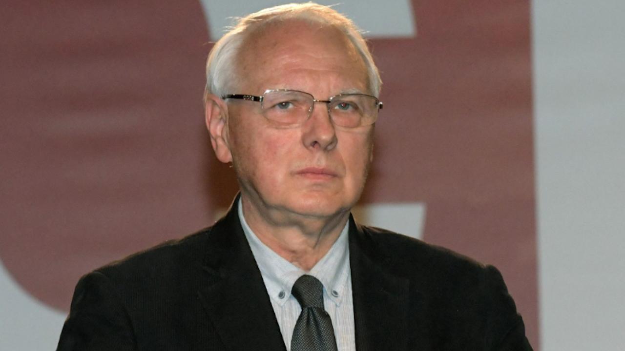 Велизар Енчев захапа Слави: С промените в Изборния кодекс ИТН обслужва ДПС