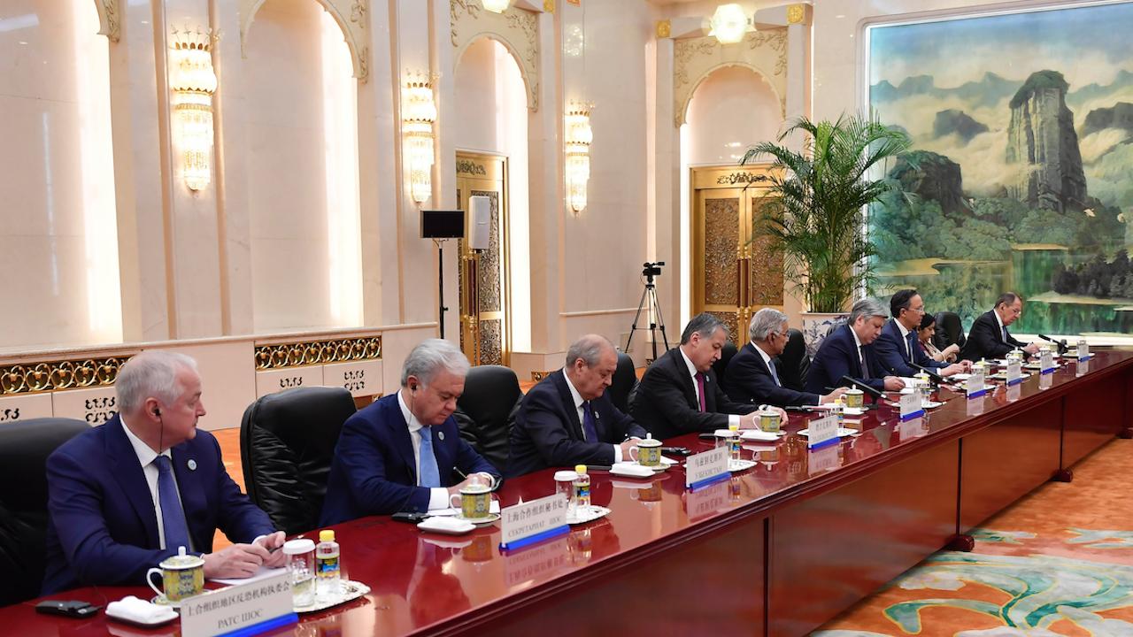 Киргизстан и Таджикистан се споразумяха да изтеглят войските си от границата
