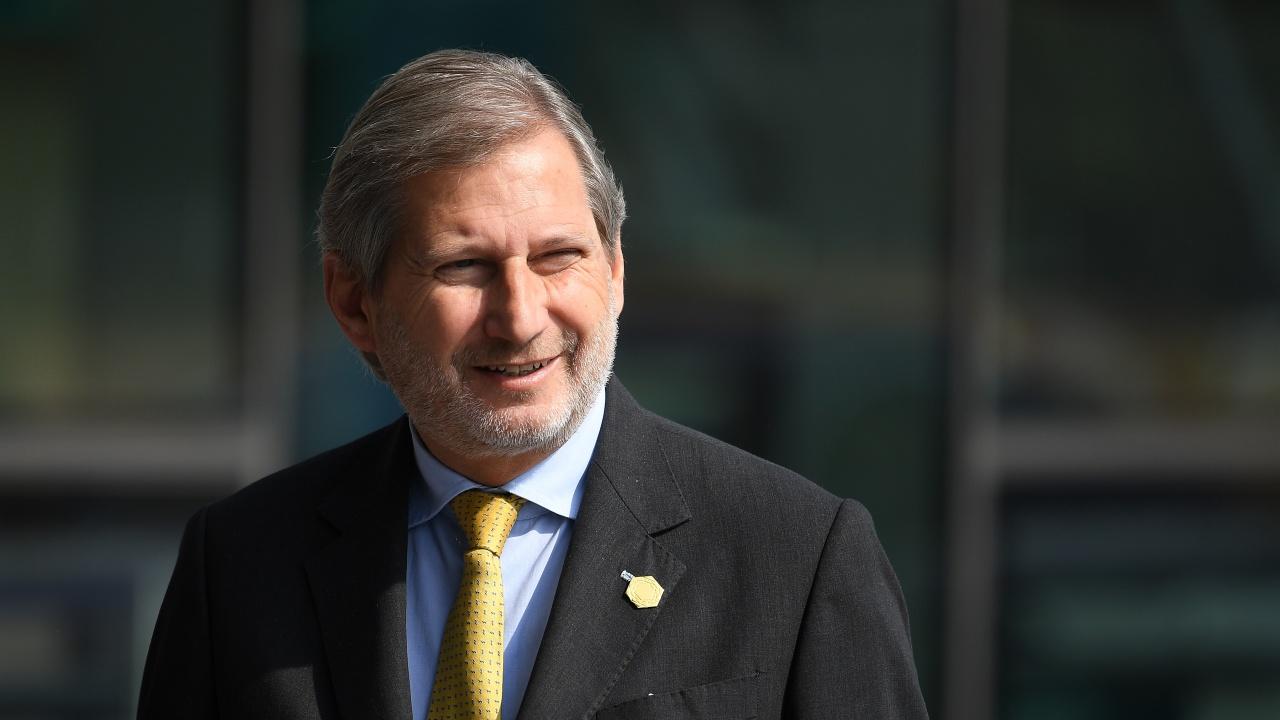 Еврокомисарят по бюджета Йоханес Хан призова за преразглеждане на правилата за дълга в ЕС
