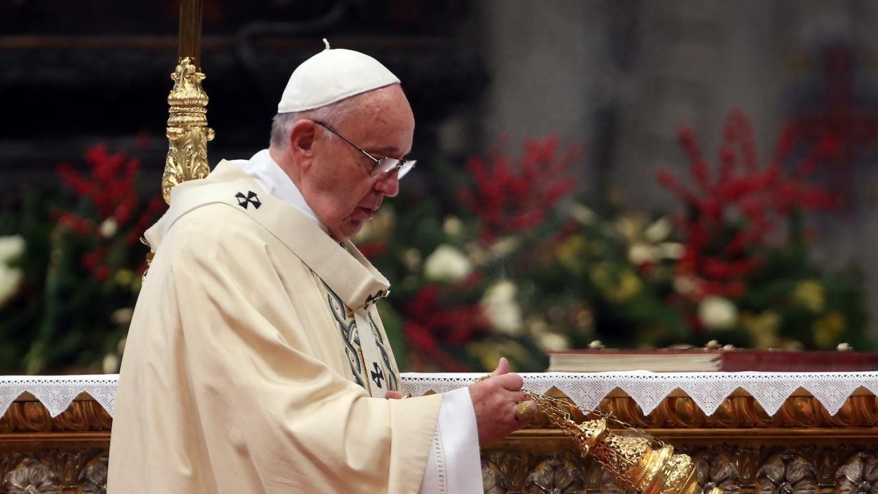 Папа Франциск постави началото на маратон от молитви за край на коронавирусната пандемия