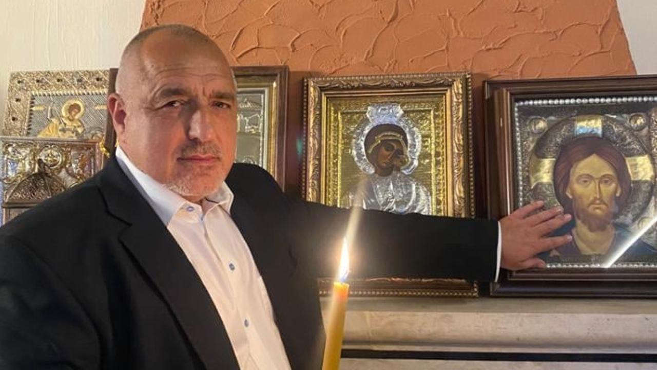 В навечерието на Великден Борисов предупреди, че страната е изправена пред политическа криза