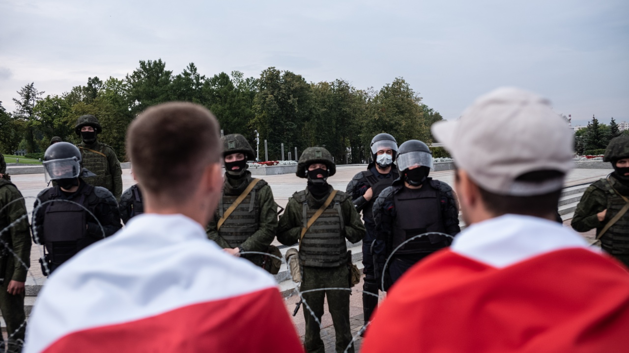Стотина души са осъдени в Беларус за участие в протести срещу властта