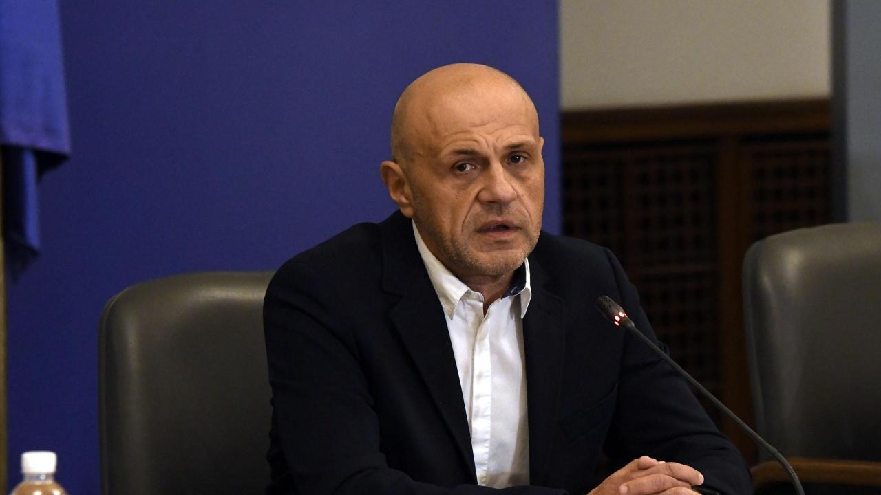 Томислав Дончев: В Плана за възстановяване няма асфалт
