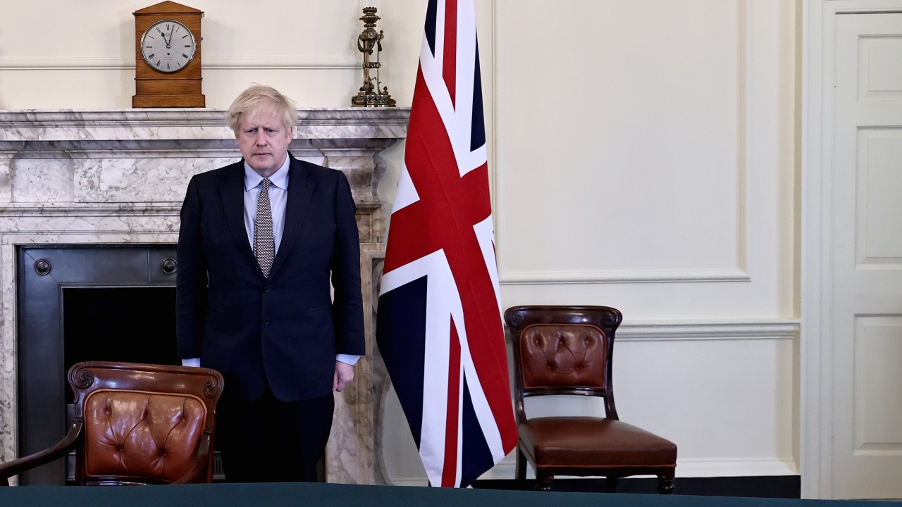 Борис Джонсън трябва да отговаря на още въпроси за свои лични разходи