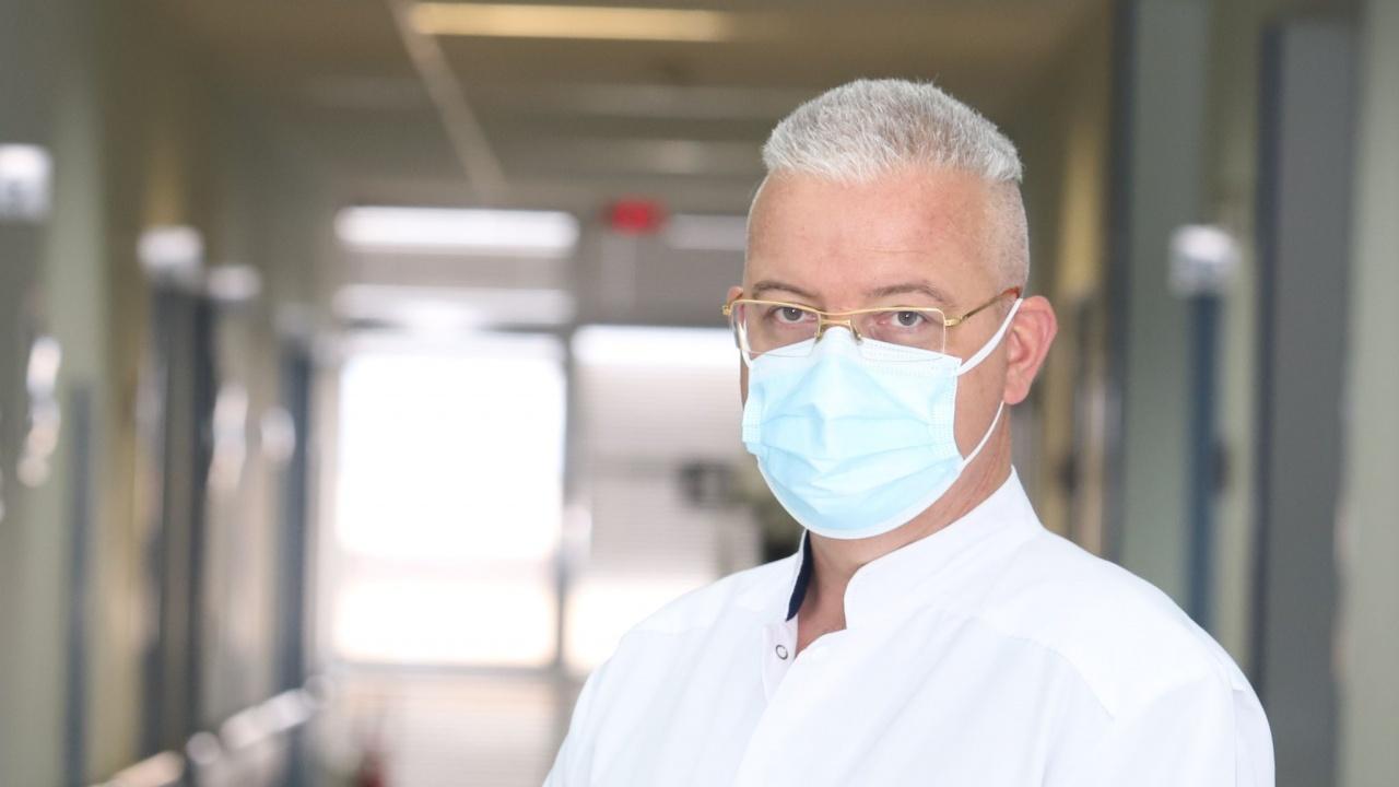 Проф. Даскалов: При усложененията от COVID-19 забелязваме т.нар. огнищен миокардит