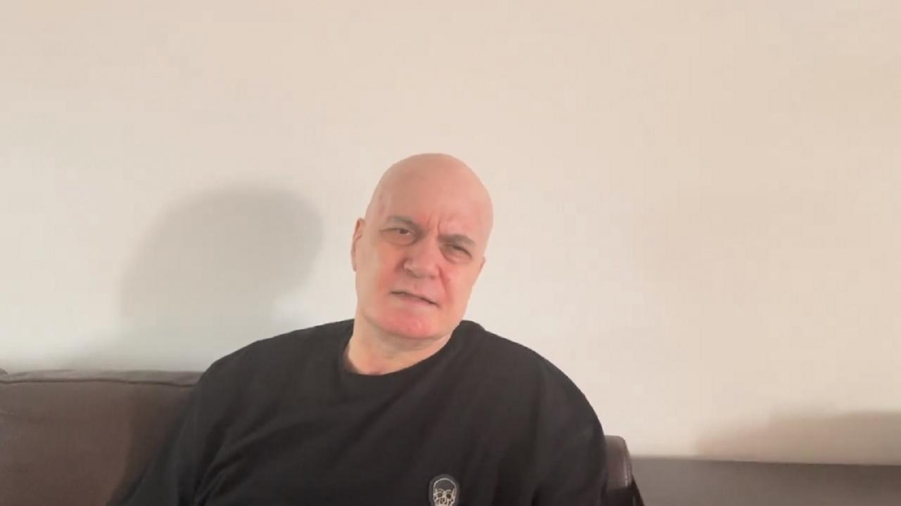 Трифонов с нов пост във фейсбук, оборва ГЕРБ