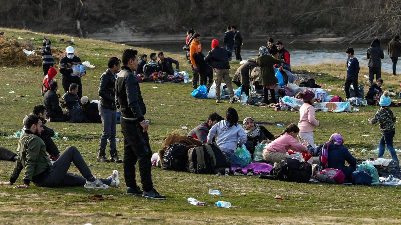 Задържаха 25 нелегални мигранти от Афганистан до Вакарел