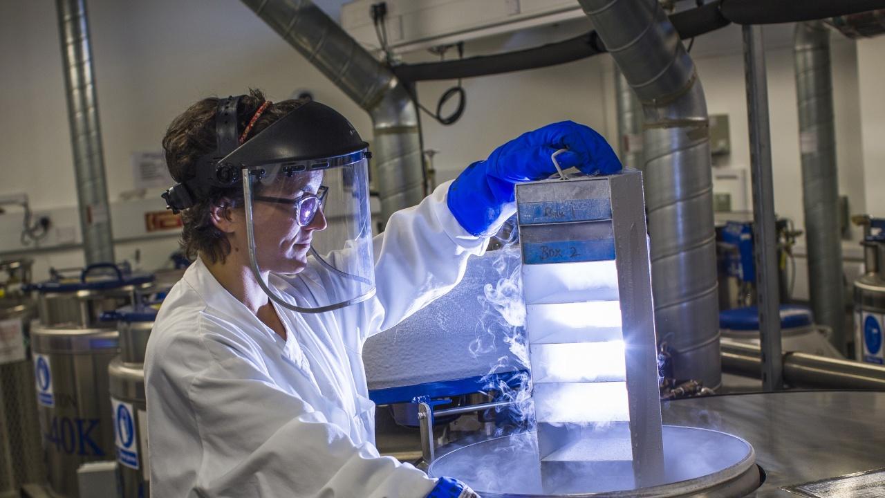 Европейската агенция по лекарствата започва проучване на китайска ваксина срещу COVID-19