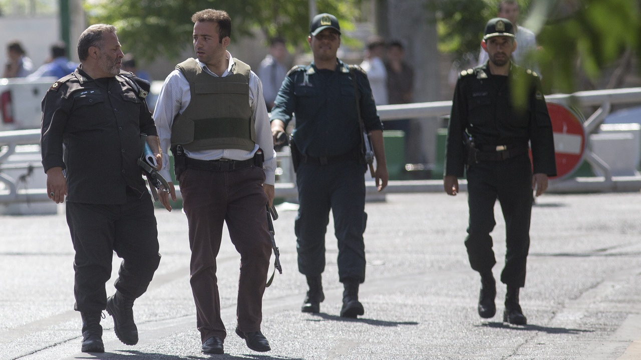 Високопоставена швейцарска дипломатка е загинала в Иран