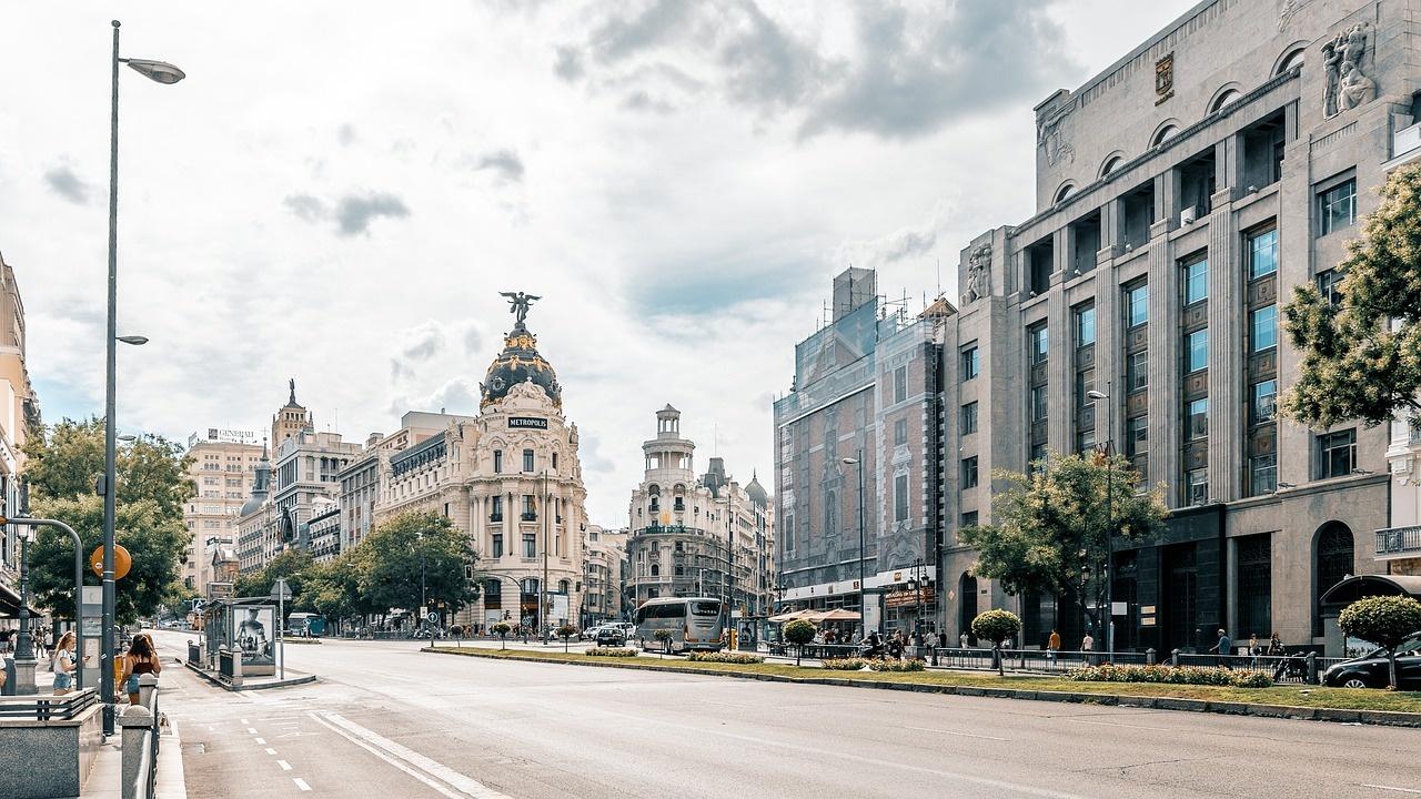 Испанските консерватори спечелиха регионалните избори в Мадрид