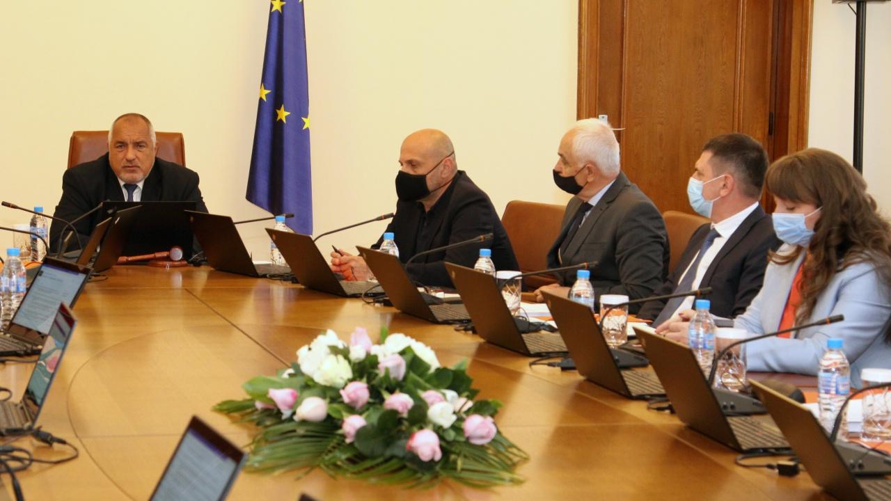 Борисов благодари на министрите и обяви: Важно е да има реални решения, а не популизъм, какъвто има в настоящото НС