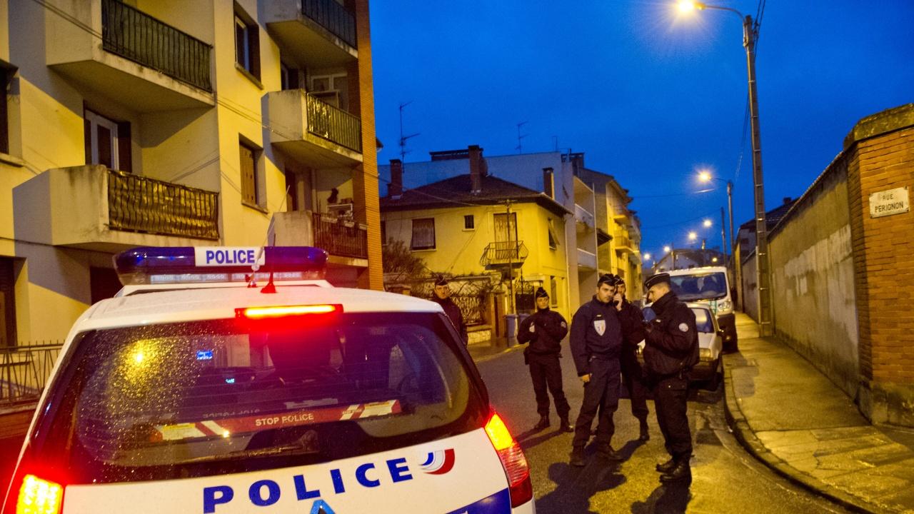 Мъж простреля и запали бившата си съпруга във Франция