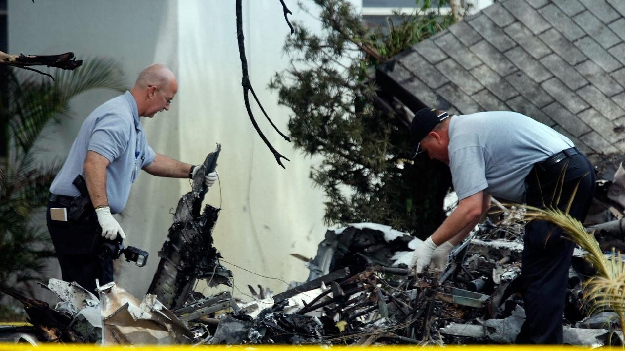 Малък самолет се разби в къща в Мисисипи, има жертви