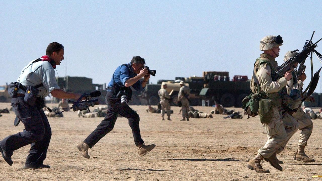 Талибаните и афганистанското правителство заплашват журналисти в страната