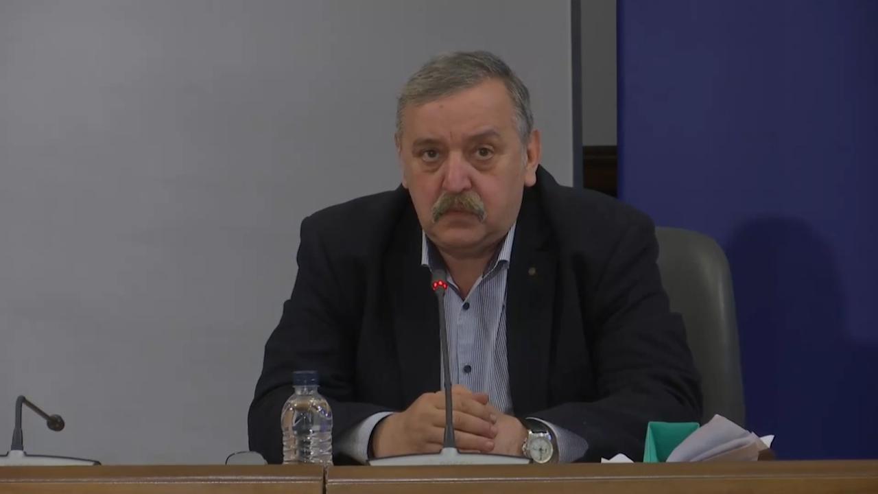 Проф. Кантарджиев с важна информация за мутациите на COVID-19 и ценен съвет към всички, които се прибират от чужбина