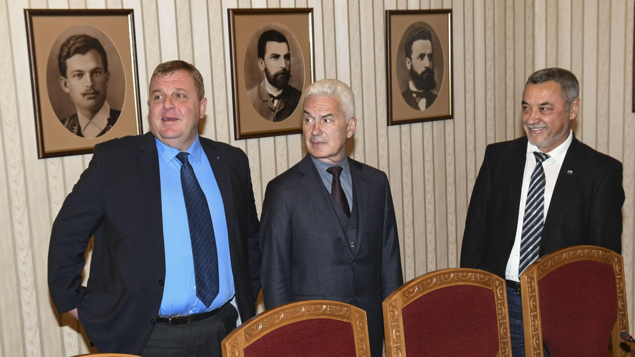 """ВМРО разговарят с НФСБ за явяване на изборите, """"Атака"""" са аут"""