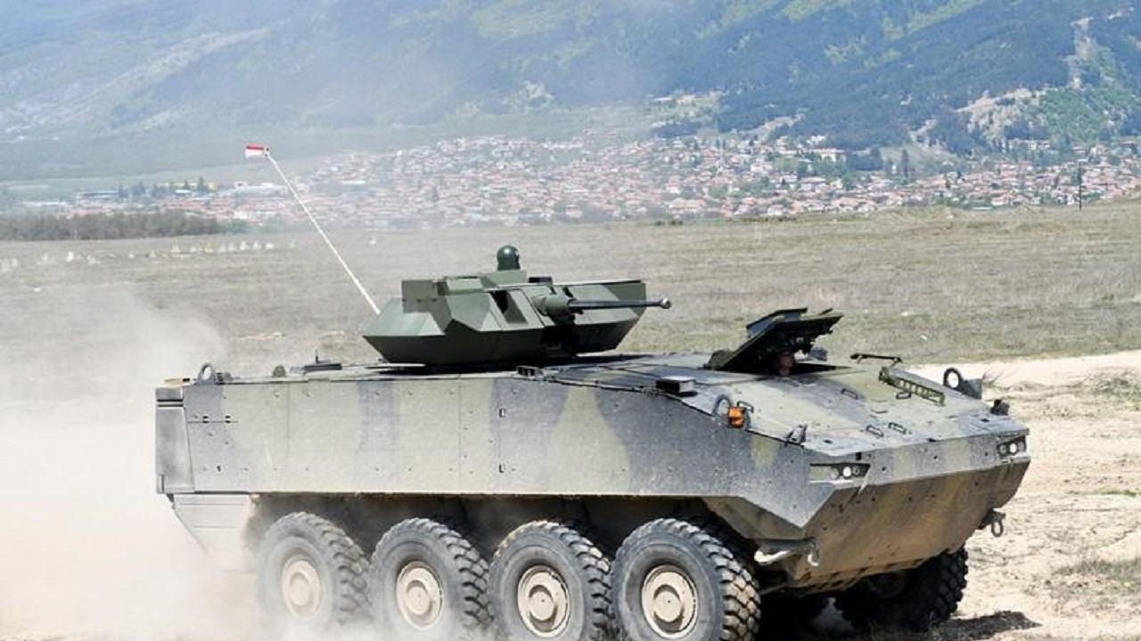 Демонстрация на машините на Сухопътните войски в Казанлък