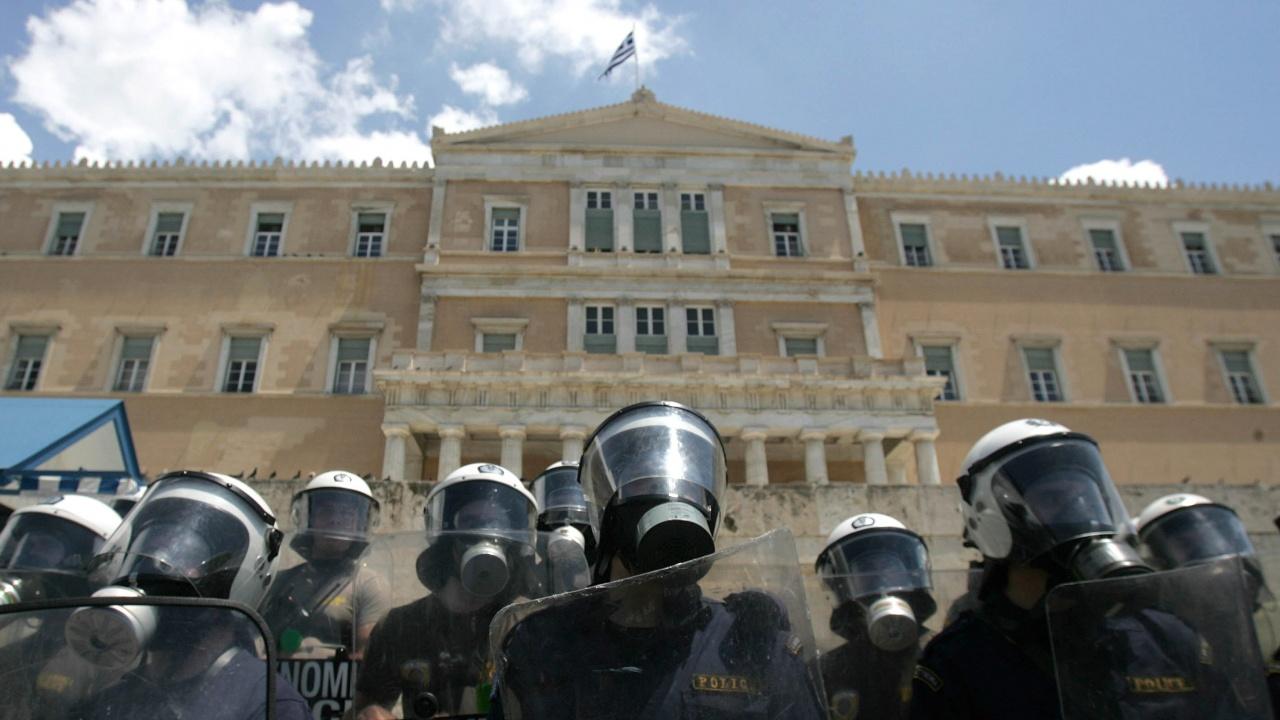 Транспортът в Гърция е блокиран заради стачка