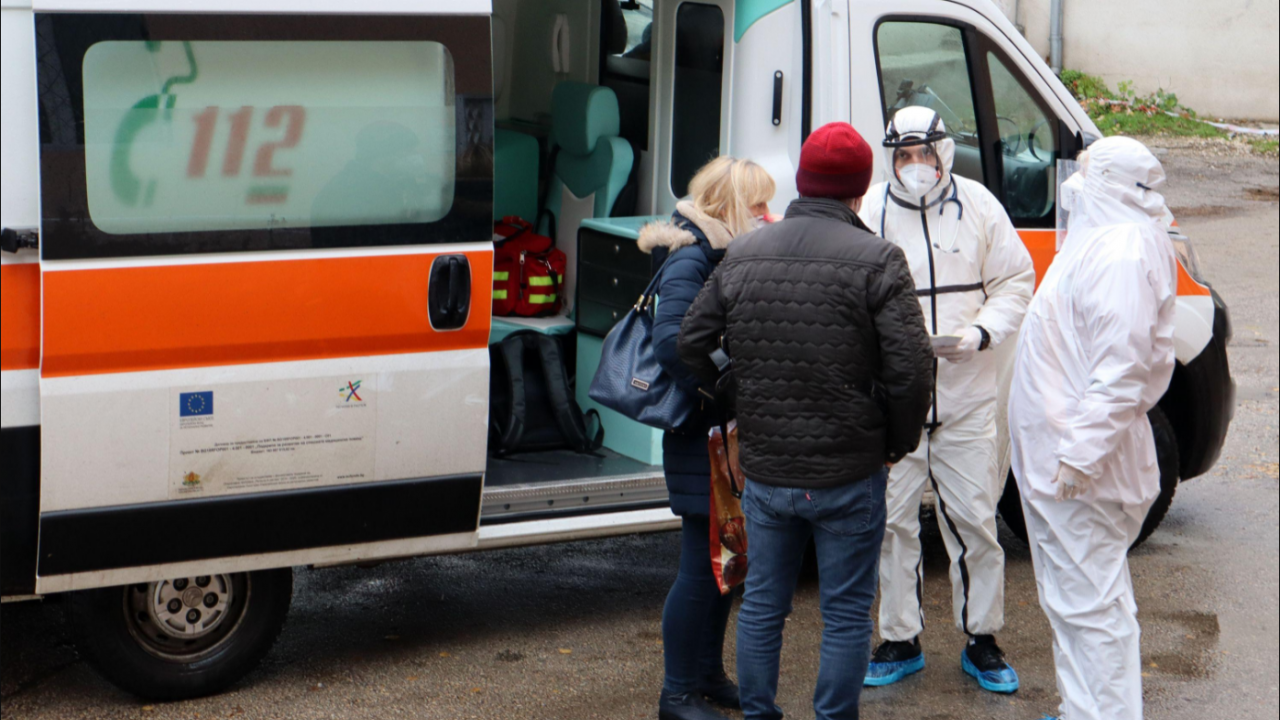 3-годишно дете е с опасност за живота след тежка катастрофа в Добрич