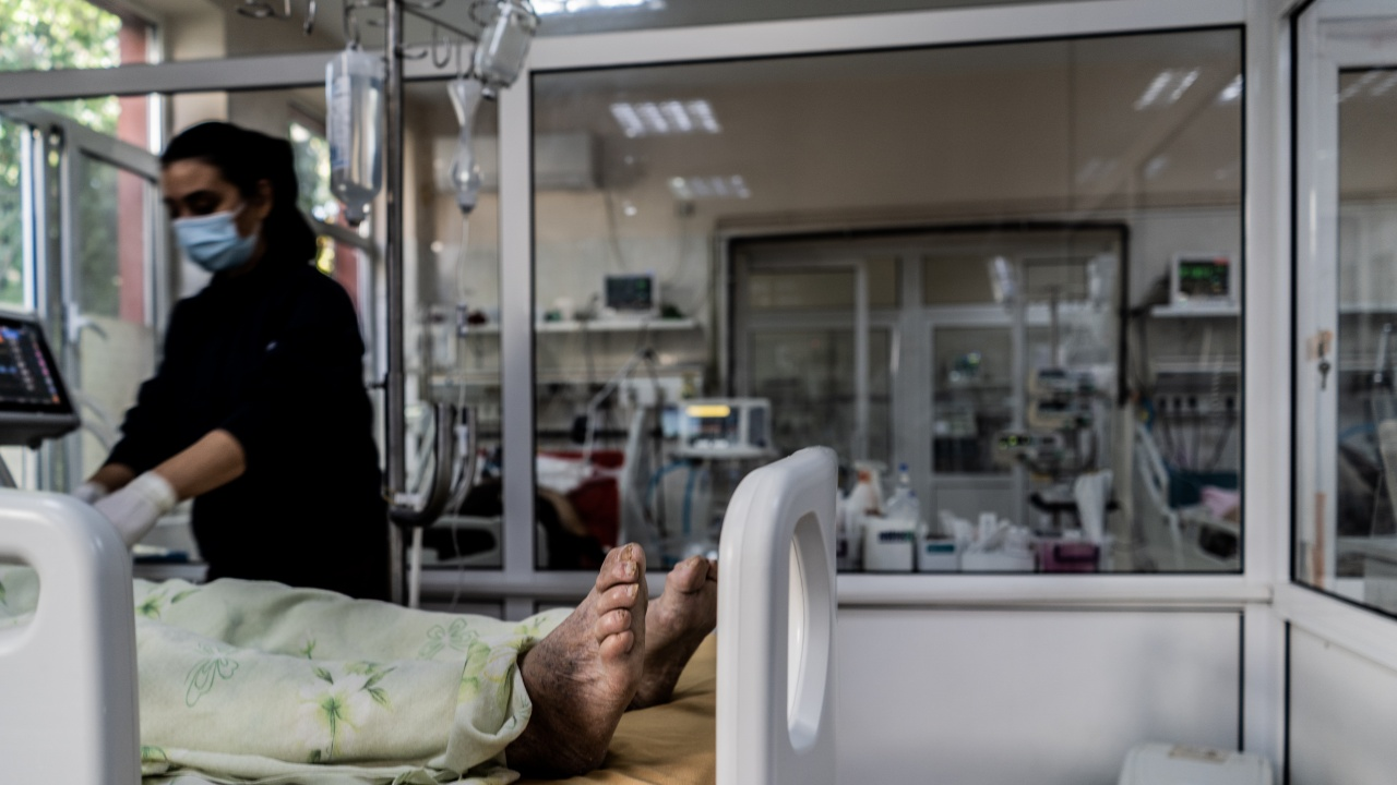 12 нови починали с COVID-19 във Варненско