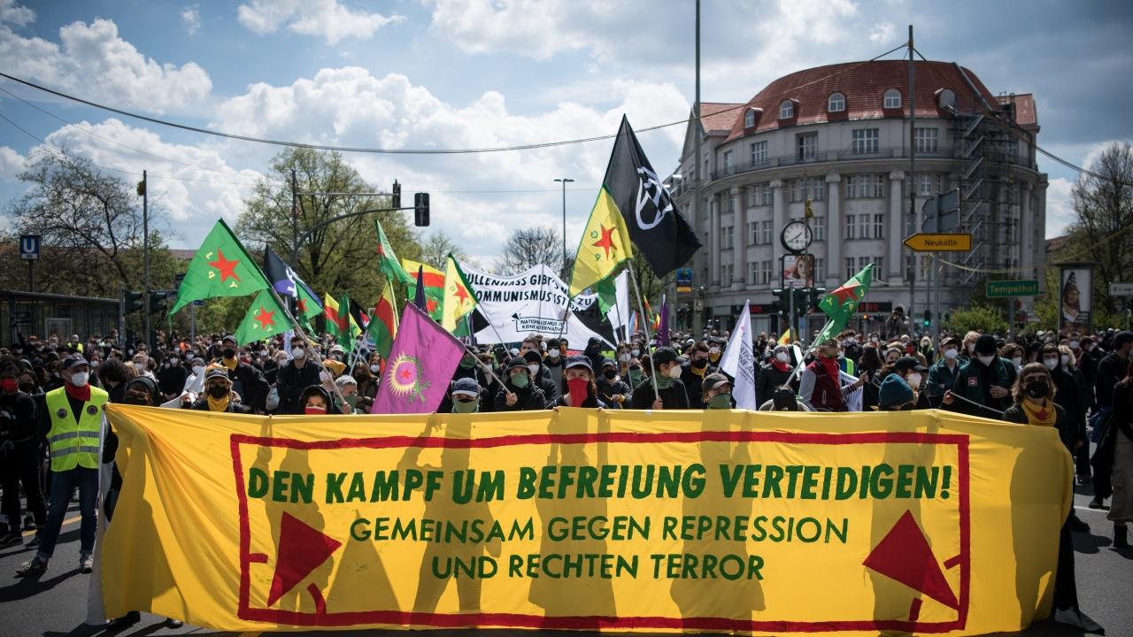 Над 1000 души се включиха в протестa в Берлин