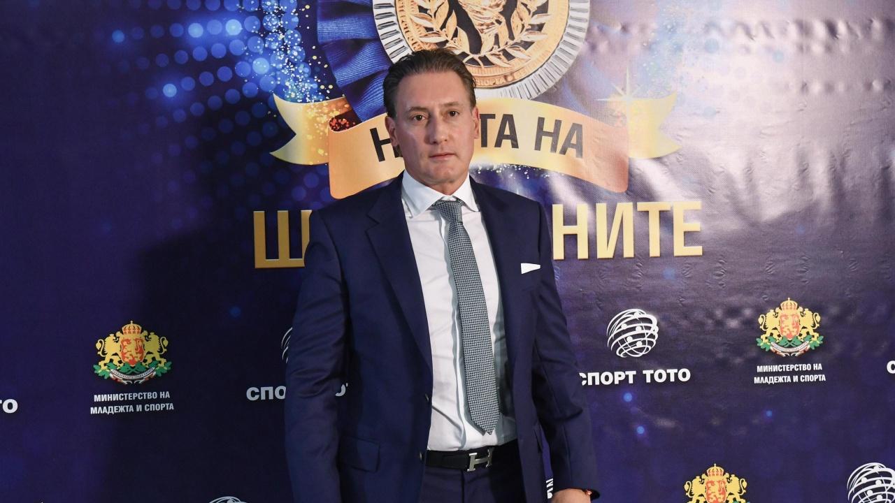 Кирил Домусчиев е претърпял операция