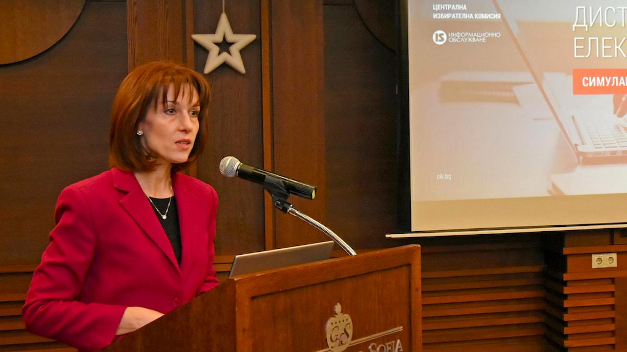 Камелия Нейкова: До 15 май трябва да е готово решението на ЦИК за секциите извън страната