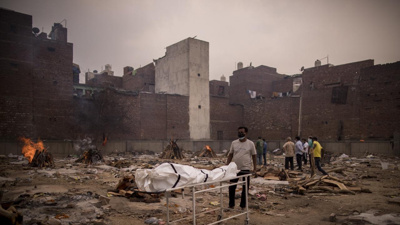 Смъртоносна гъбична инфекция засяга все повече хора с COVID в Индия