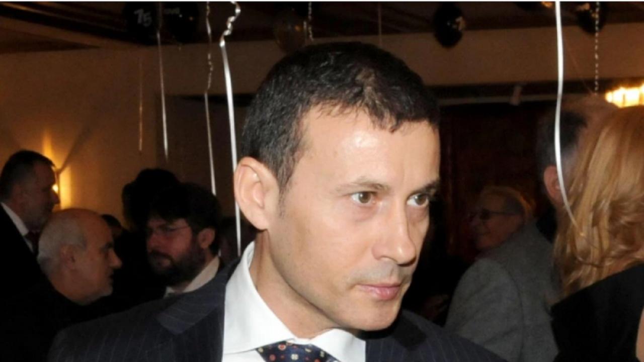 Миню Стайков за твърденията на Илчовски: Нямам сестра