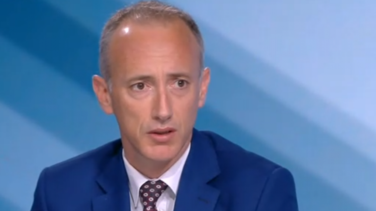 Красимир Вълчев отговори дали ще отпадне част от материала за НВО и матурите