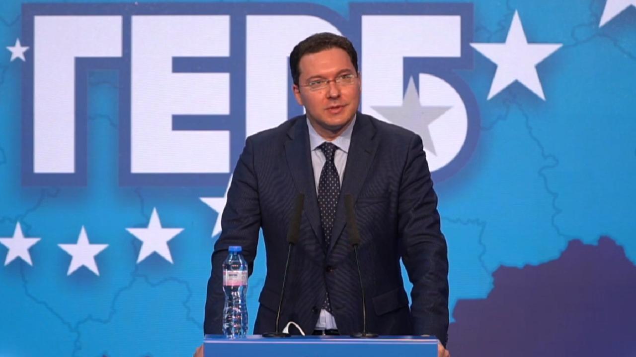 Митов разкри: Радев скри важна декларация, която заклеймява саботажите на Русия в Чехия и България