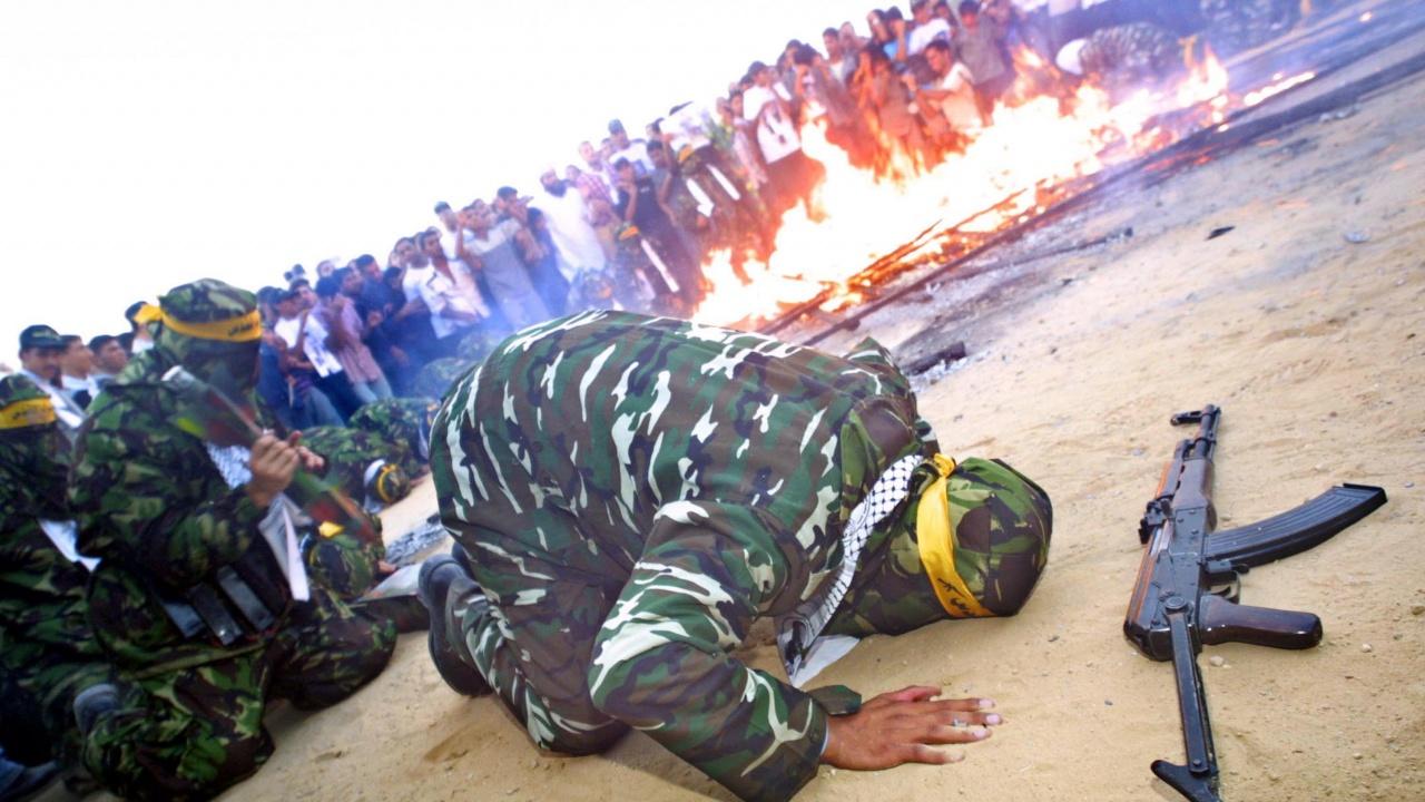 """""""Ислямски джихад"""" съобщи за двама убити командири при израелските удари"""