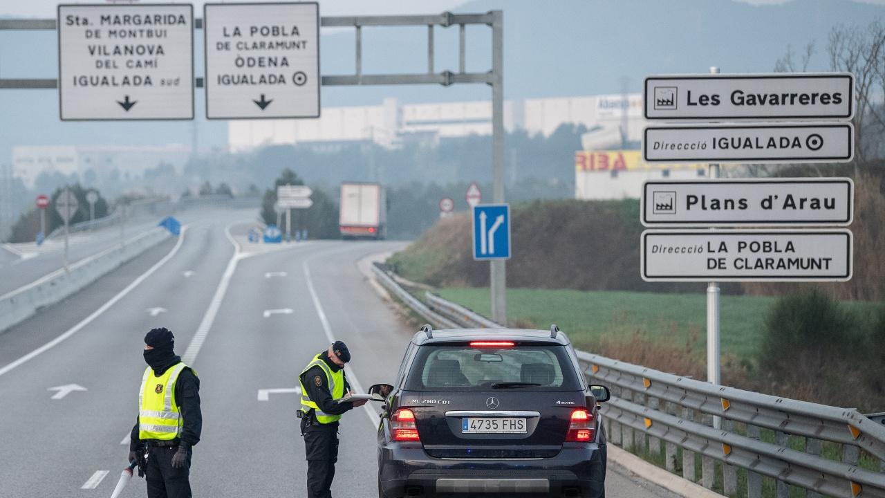 300 души бяха арестувани в Испания за фалшиви шофьорски книжки