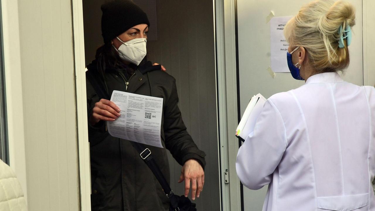 """РЗИ-Сливен разкрива """"зелени коридори"""" за ваксинация до края на седмицата"""